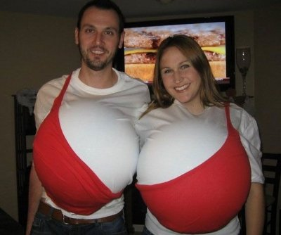 5-boobs-couples