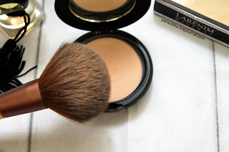 Larenim, Минеральная пудра с регулируемым шелковистым покрытием для гладкой кожи без жирного блеска