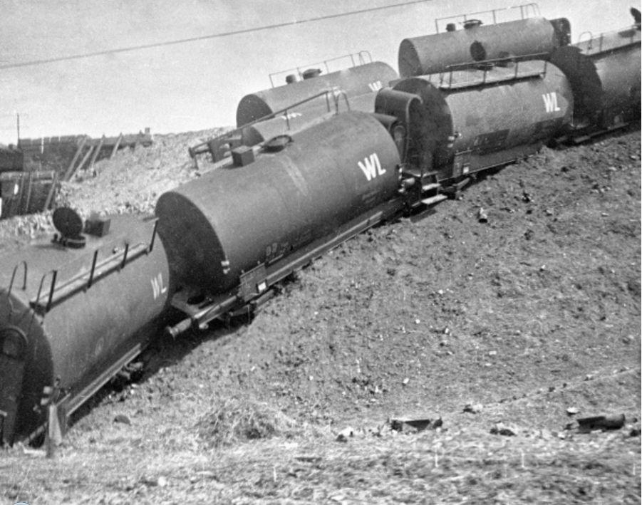 10-04-1944а