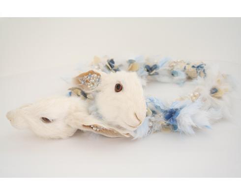 Marzee-Idiots-2013-blauw-konijn-parels
