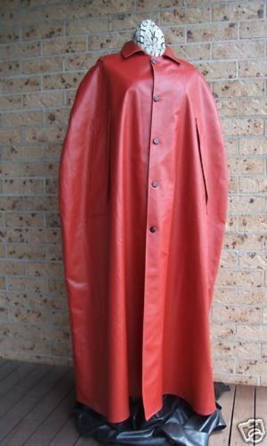 Rubber_Latex_Gummi_Hooded_Cape_Mackintosh_Trench