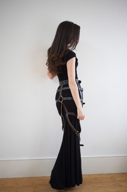 Tamzin-Lillywhite-skirt-harness-styleonthecouch