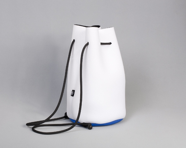 witu-backpack-size-white-blue