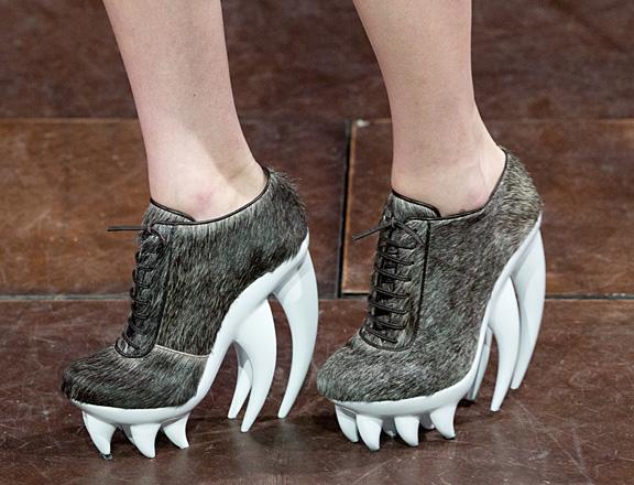 iris-van-herpen-shoes-71