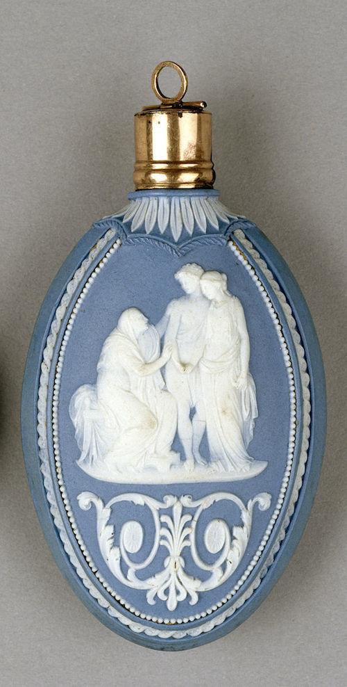 Wedgwood_-_Scent_Bottle_with_Mythological_Scenes_-_Walters_481570