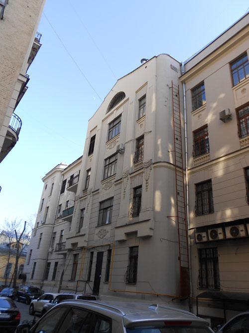 Москва-дворовый-фасад