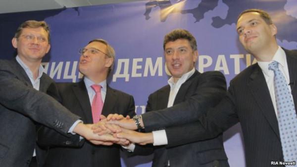 Немцов1