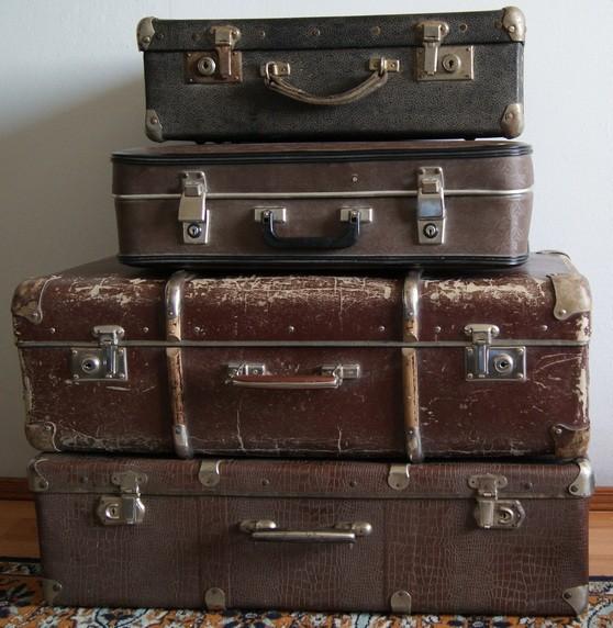 Старые чемоданы продать удивительные чемоданы