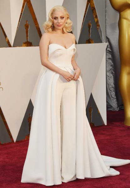 Кто был на оскаре в белом платье