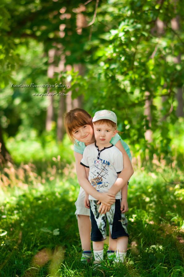 Доченька с племяшиком)))