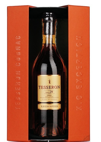 110961-Cognac-Tesseron-29-Exception-with-pack-800x1200