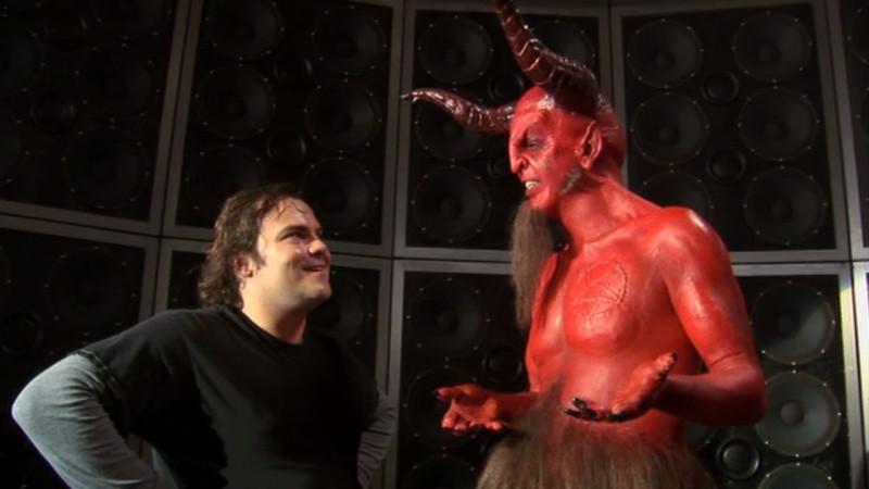 Многодетный православный психолог на фото слева