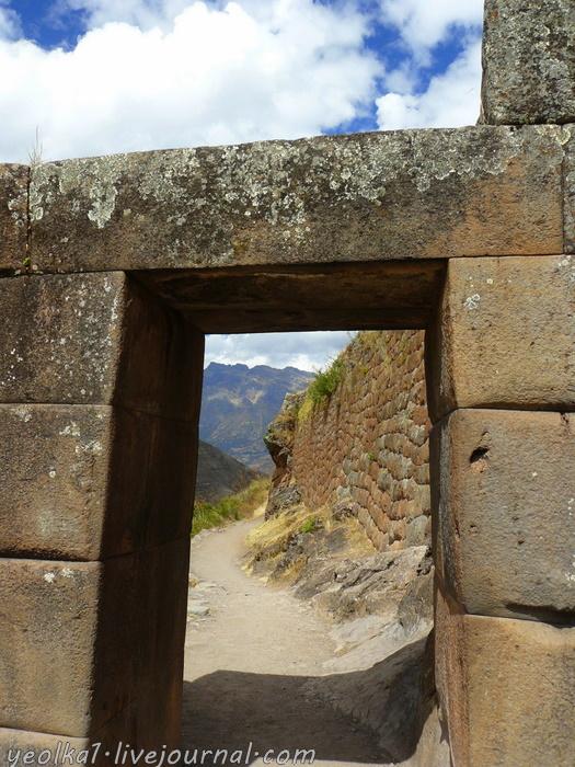 Un gran viaje a America del Sur. Перу. Valle Sagrado. Писак - город, занимающий целую гору!