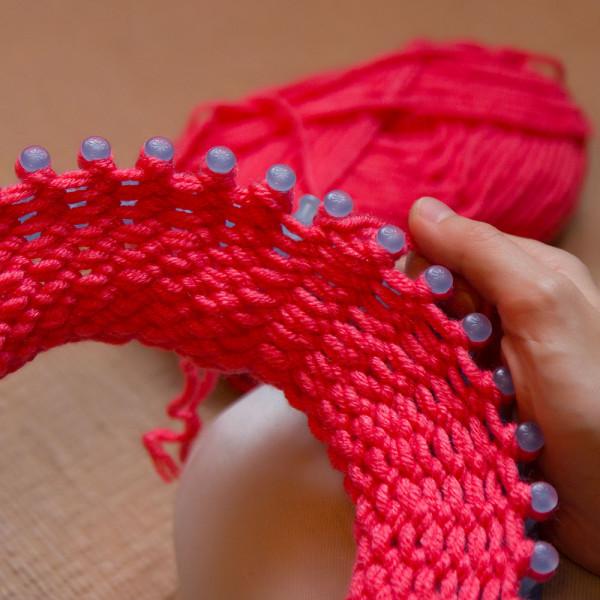 вязание на луме шапка за два часа мастер класс Yerofea