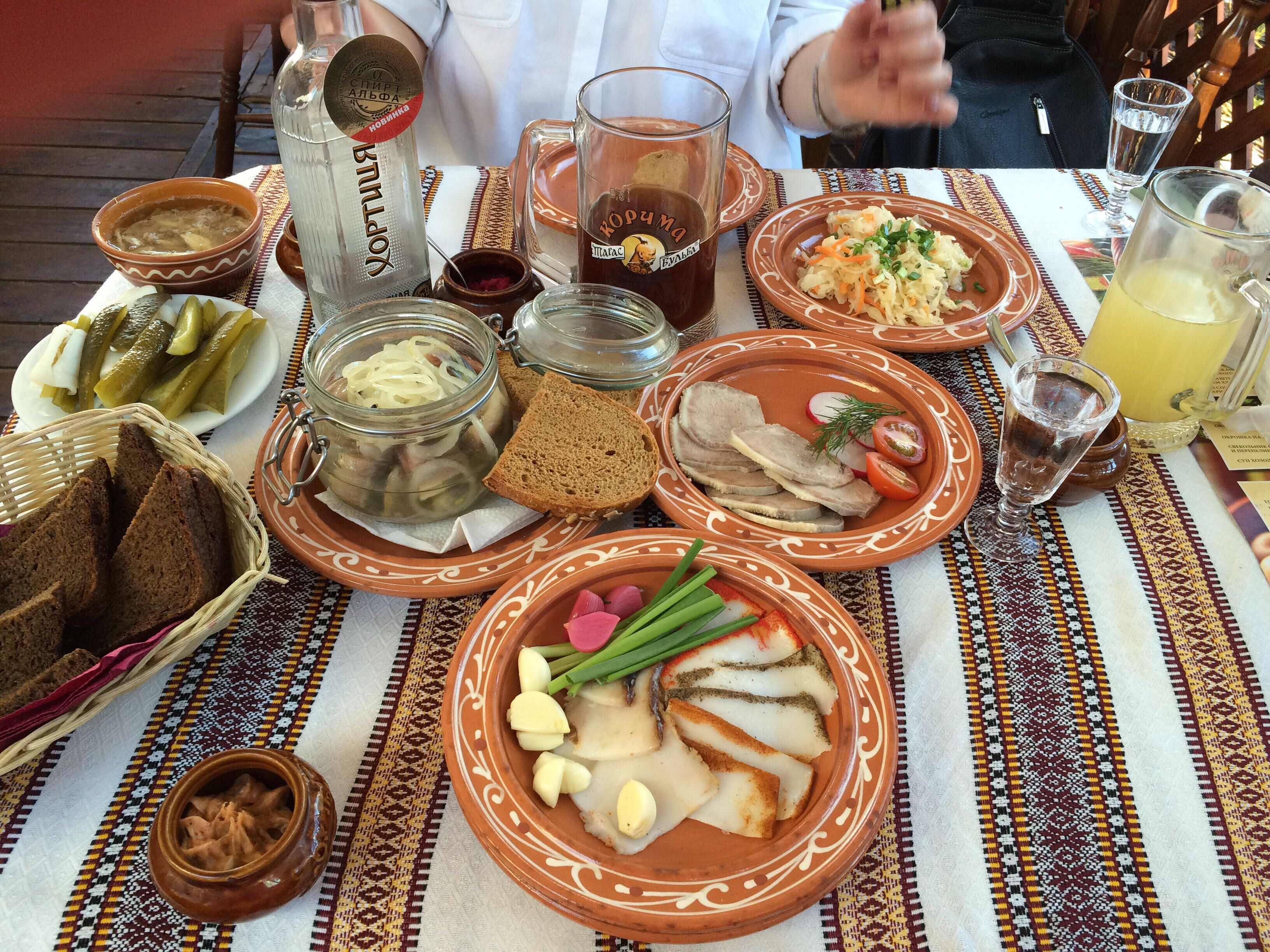 фото русский стол блюда для иностранцев дюжину