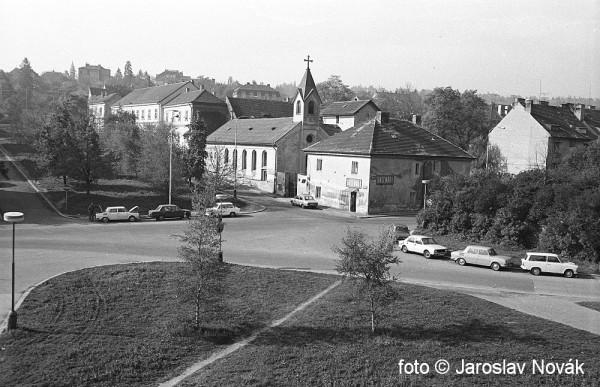kostel sv. Vaclava v Praze 6 - Dejvicich 05-06 1981