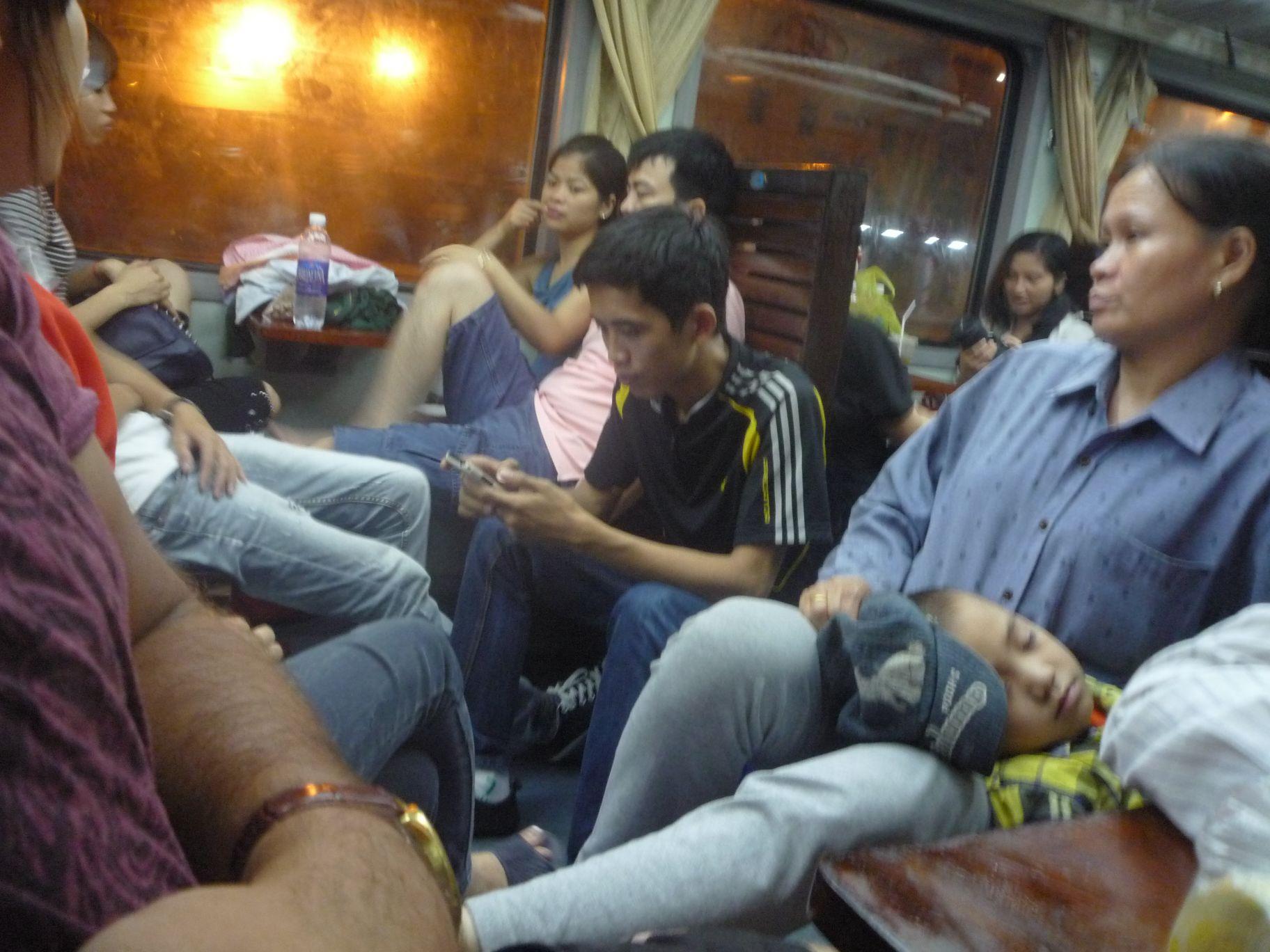 Поезд Ханой - Лао Сай
