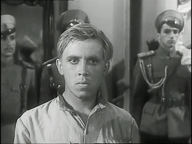 """ВАЛЕРИЙ ЗОЛОТУХИН В ФИЛЬМЕ """"ПАКЕТ"""" (1965)"""