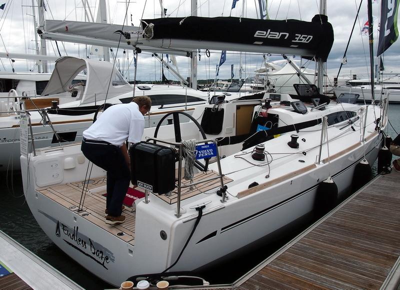 lj_GB_boatshow_2012-09-17_12
