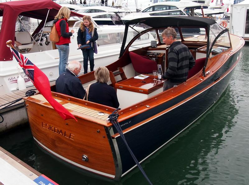 lj_GB_boatshow_2012-09-17_20