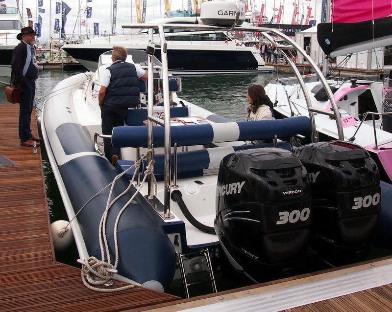 lj_GB_boatshow_2012-09-17_21
