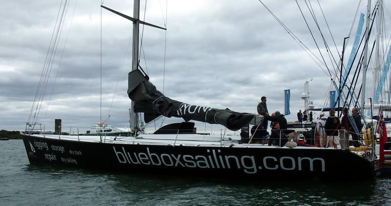 lj_GB_boatshow_2012-09-17_22