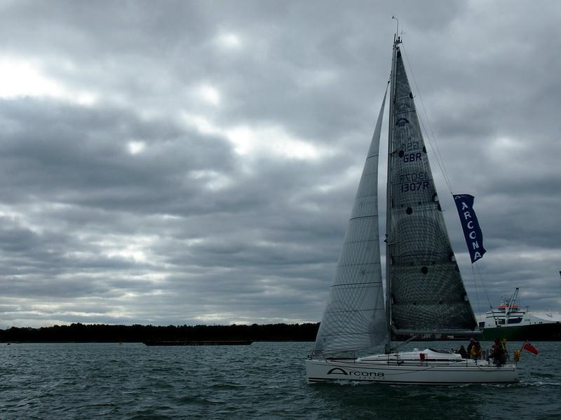 lj_GB_boatshow_2012-09-17_25