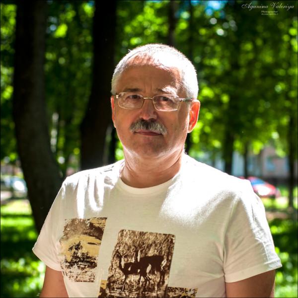 Александр Баданов