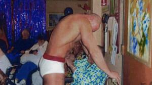 stripper-dl2