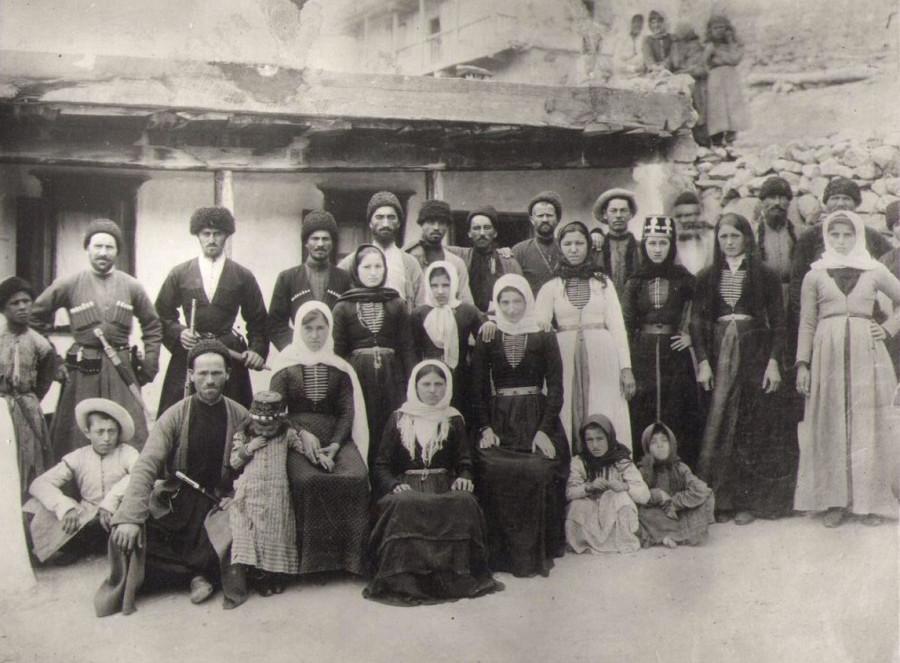 Старинные чеченские картинки