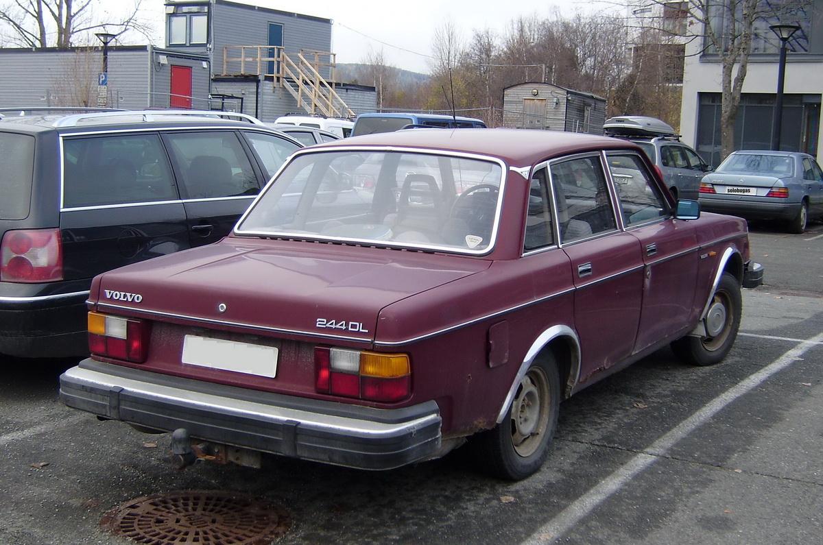 volvo-244-dl