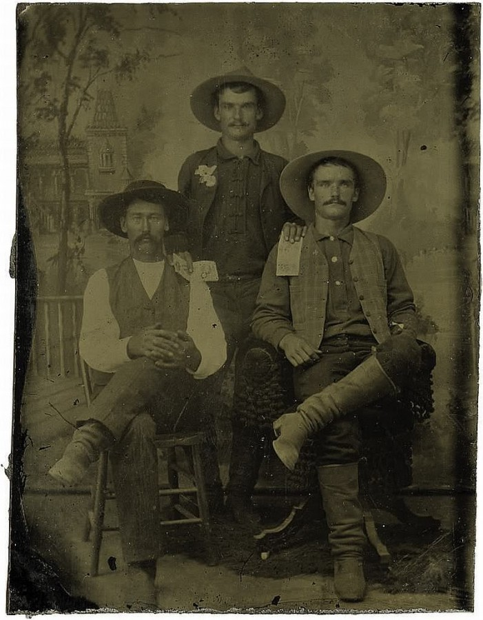 Cabinet Card Photograph of Sheriff with pistol Arizona Territory ca 1880s