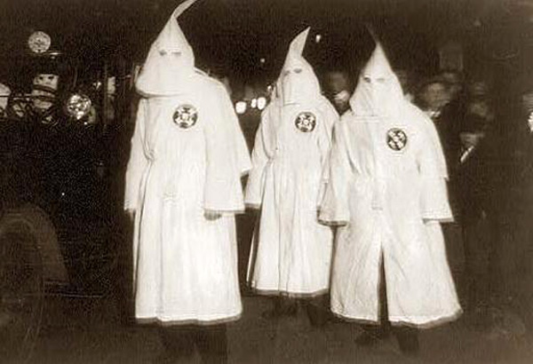 Parade of the Klu sic Klux Klan through counties in Virginia bordering on the District of Columbia last night