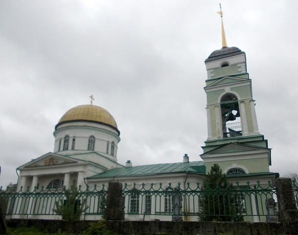 Церковь Святых Апостолов Петра и Павла в Сомине