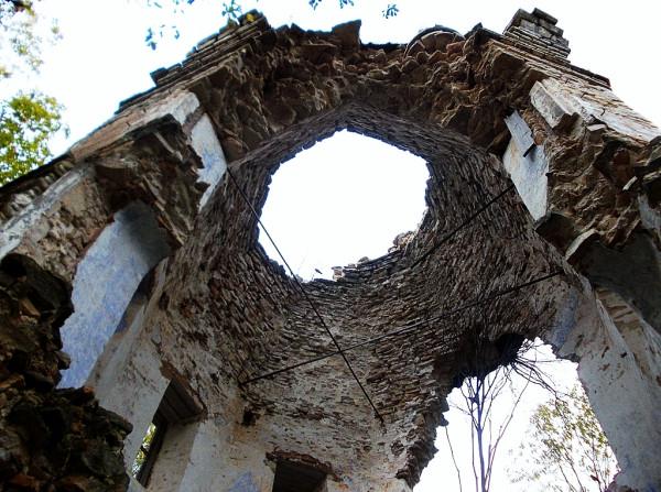 Церковь Богоявления Господня в Смердомле