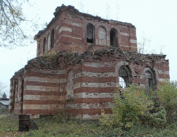 Церковь Рождества Богородицы в Ригодищах