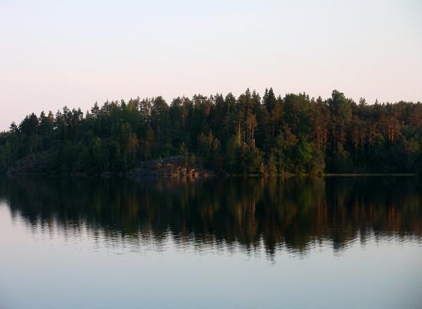 Коверильское озеро летом