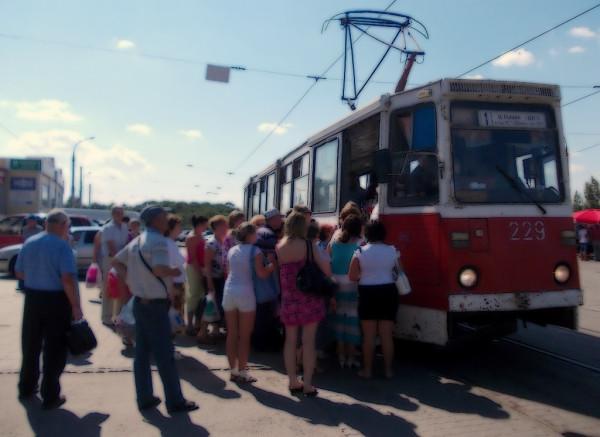 Трамвай у Центрального рынка