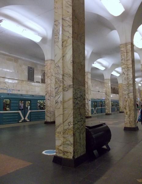 Станция АВТОЗАВОДСКАЯ