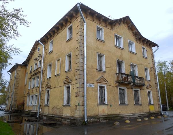 """В """"Олевском квартале"""" встречаются разные типы """"немецких домов"""". На снимке представлено самое южное здание жилмассива."""