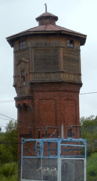 Башня типовая, возведена в 1906 г. вместе со всем станционным комплексом.