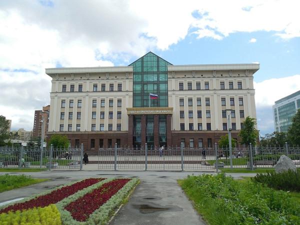 Бассейная улица, дом 6. Вид с Новоизмайловского проспекта.