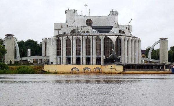 Вид с набережной Александра Невского.