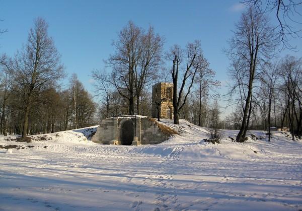 Стрельна, Орловский парк. Март 2018 г.