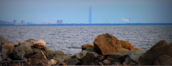 Раньше был виден только Сестрорецк (Siestarjoki). Теперь и Лахта (Lahti) тоже. Май 2018 г.