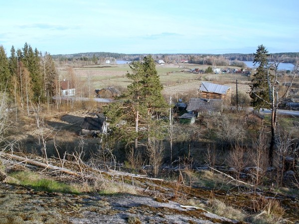 Вид со скалы. Май 2012 года