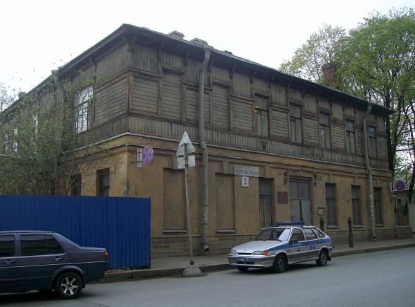 Старое здание суда. Точнее, его уголовного отделения . Ныне здание занимает Музей хлеба. Санкт-Петербург, Тихвинская (Михайлова) улица, 2