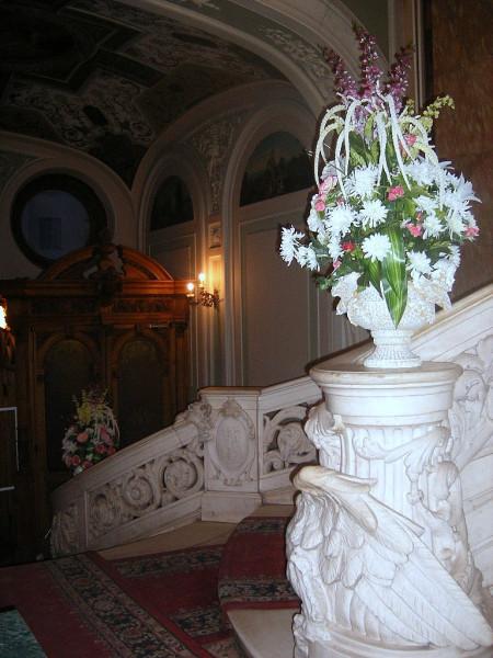 И часть парадной лестницы. Январь 2007 г.