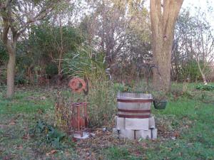 The barrel garden still has a few stubborn flowers left.