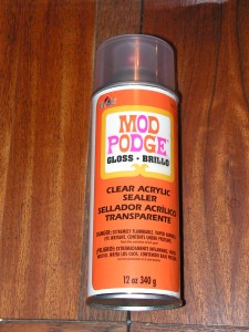 This is Mod Podge spray sealant in glossy style.